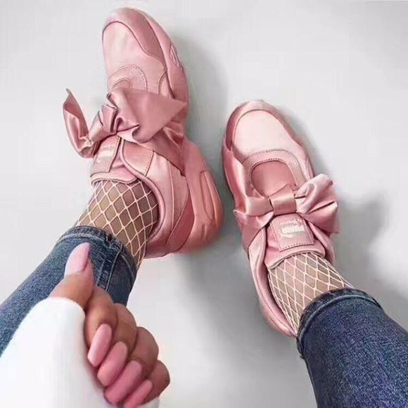 Fenty Puma Pink Bow Slip On Sneakers 2e9568185